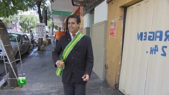 Mário bate-papo com homem que se intitula 'presidente do Brasil'