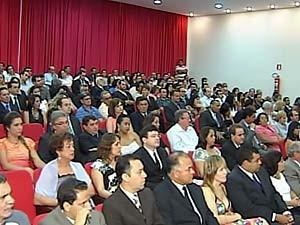 Eleitos do Alto Paranaíba e Noroeste são diplomados em Patos de Minas (Foto: Reprodução/TV Integração)