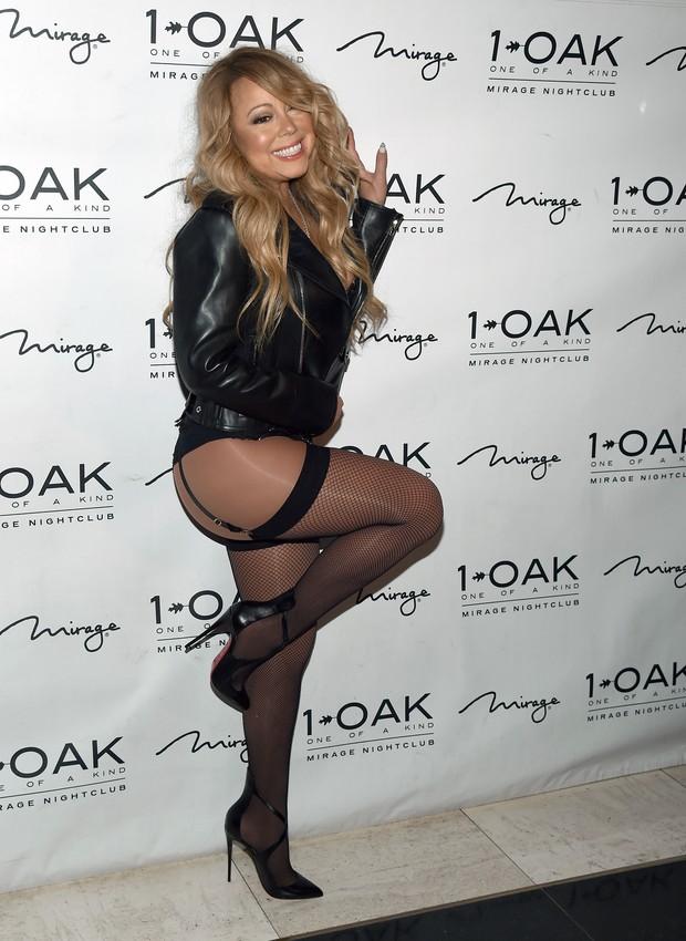 Mariah Carey chegando de lingerie em boate de Las Vegas (Foto: Ethan Miller / Getty Images North America / AFP )