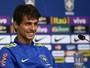 """Rodrigo Caio alerta para o 4-2-4: """"Precisa ter conversa para não errar"""""""