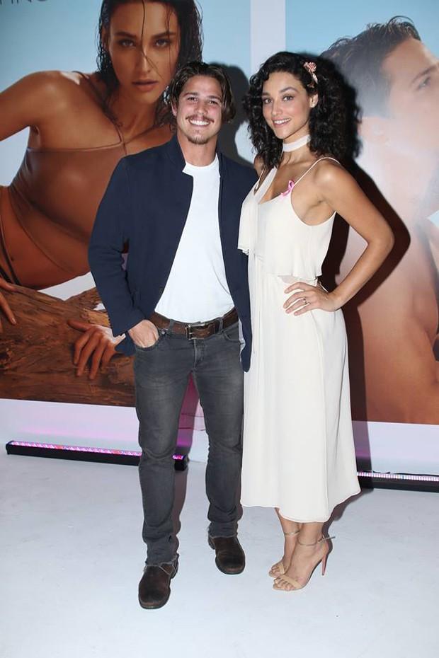 Rômulo Neto e Débora Nascimento (Foto: Thiago Duran/AgNews)