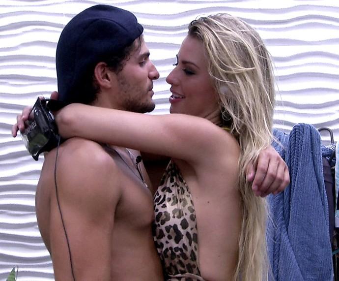 Fernada e André já moravam juntos  (Foto: TV Globo)
