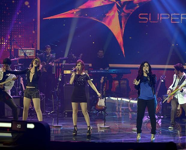 Melody palco SuperStar Top 10 (Foto: Camila Serejo/TV Globo)