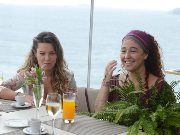 Fernanda Souza e Débora Lamm em 'Muita calma nessa hora 2' (Foto: Divulgação / Fernanda Guinle)