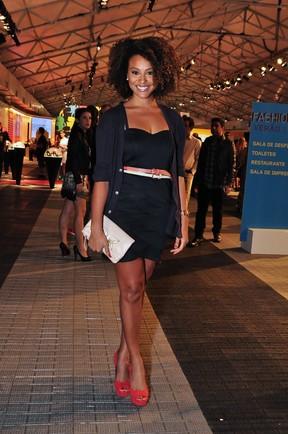 Sheron Menezzes no Fashion Rio (Foto: Roberto Teixeira / EGO)