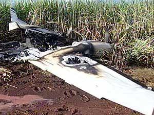 Aeronave foi encontrada em chamas (Foto: Reprodução/TV Integração)