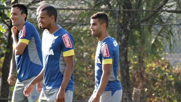 Alisson volta aos treinos do Cruzeiro  (Foto: Marco Antônio Astoni)