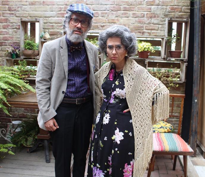 Gabriel Godoy e Tatá Werneck 'viram' casal de idosos em cena (Foto: Karen Fideles/Gshow)
