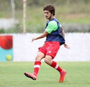 Lucas Farias Náutico (Foto: Aldo Carneiro/Pernambuco Press)
