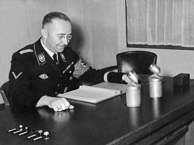 Chefe da SS nazista Heinrich Himmler narra em diário atrocidades do Holocausto (Foto: SNEP / AFP)