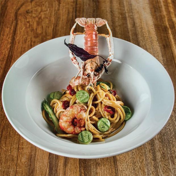 Espaguete com lagostim, abobrinha e tomate confit do Emiliano (Foto: Divulgação)