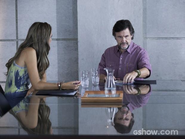 LC mente para Lili e promete que já está resolvendo o problema do abastecimento (Foto: Inácio Moraes/TV Globo)