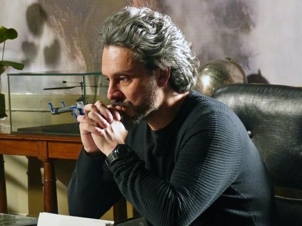 José Alfredo acredita que Silviano está por trás de tudo (Foto: Gshow)