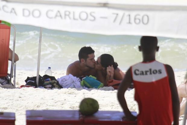 Debora Nascimento e JOsé Loreto (Foto: Dilson Silva/Agnews)
