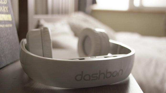 Mask é um fone de ouvido com displays HD com projeção virtual (Foto: Divulgação/Dashbon)