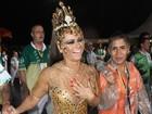 Veja os famosos que passaram pelo Anhembi para o desfile das campeãs