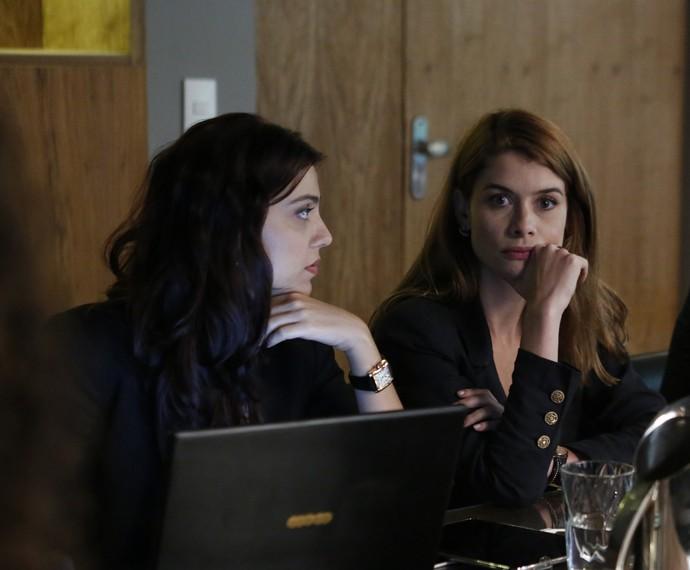 Alinne Moraes e Letícia Persiles gravam cenas da segunda fase (Foto: Ellen Soares/Gshow)