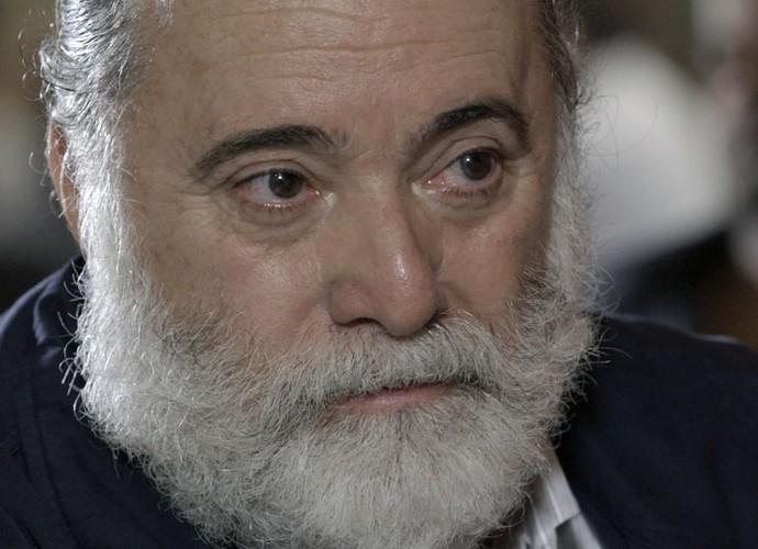 Zé Maria decreta a morte de Romero (Foto: TV Globo)