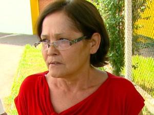 Dona de casa reclama da demora para marcar exame em Araraquara (Foto: Wilson Aiello/EPTV)
