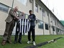 Veríssimo, Áustria e grupo de crianças mudam a rotina em treino do Botafogo