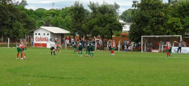Campeonato Amador de Foz do Iguaçu (Foto: Marina Massao/Divulgação)