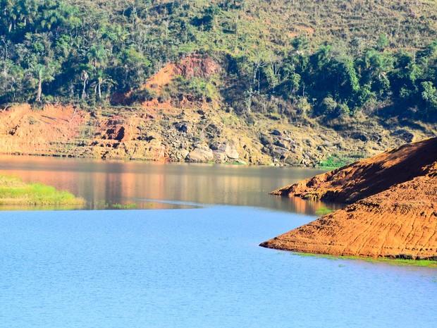 Represa do Jaguari, em Jacareí (SP), que integra o Sistema Cantareira no dia 20 de julho (Foto: Nilton Cardin/ Estadão Conteúdo)