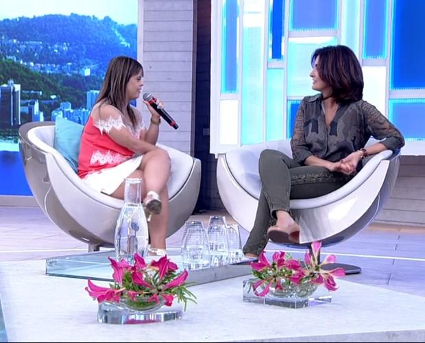 Fernanda entrevista Fátima Bernardes e dá um show de desenvoltura (Foto: TV Globo)