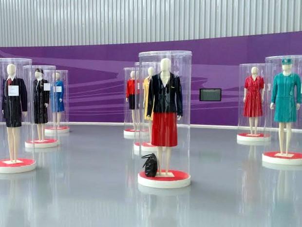 Uniformes históricos ganham exposição no Museu TAM em São Carlos (Foto: Cristiane Vale/Divulgação)