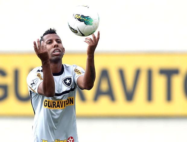 Vitor Junior no treino do Botafogo (Foto: Satiro Sodré / Agif)