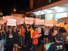 Deputado Feliciano cancela gravação de programa de TV após protestos
