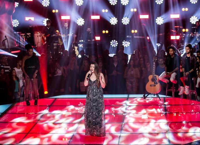 Dani Lino se apresenta no palco (Foto: Isabella Pinheiro/Gshow)
