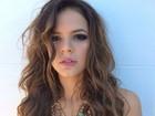 Bruna Marquezine faz 'carão' em foto para revista