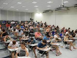 Estudantes realizam prova de redação na 2ª fase da Unicamp, em Campinas (Foto: Antoninho Perri/Unicamp)