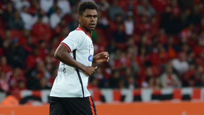 Zagueiro Wanderson Atlético-PR (Foto: Site oficial do Atlético-PR/Gustavo Oliveira)