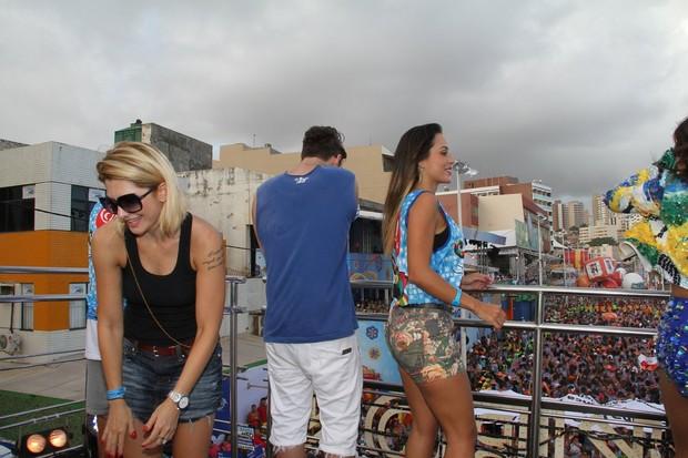 Famosos curtindo show de Alinne Rosa em Salvador (Foto: Dilson Silva / Agnews)