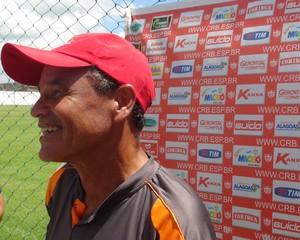 Roberval Davino, técnico do CRB (Foto: Viviane Leão/GloboEsporte.com)