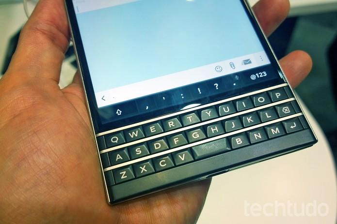 Teclado do BlackBerry Passport é polêmico (Foto: Fabrício Vitorino/TechTudo)