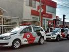 Suspeitos invadem agência bancária e furtam dinheiro em Araraquara, SP