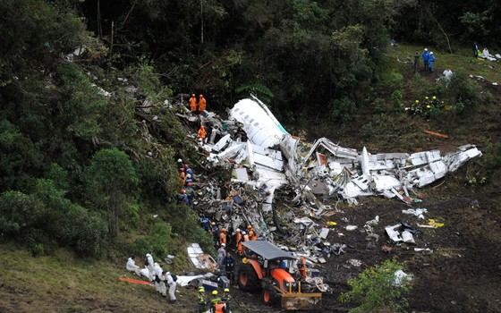 Local da queda do avião da Chapecoense (Foto: Mauricio Builes/ÉPOCA)