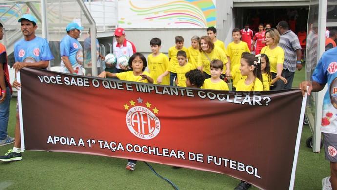 Crianças com implante coclear América-RN (Foto: Fabiano de Oliveira)