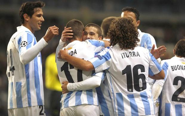 Comemoração do Malaga contra o Anderlecht (Foto: Agência Reuters)