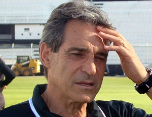 Paulo César Carpegiani técnico Ponte Preta (Foto: PontePress / DJotaCarvalho)