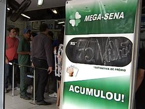 Prêmio da Mega-Sena está acumulado em R$ 75 milhões (Foto: Reprodução/InterTV)