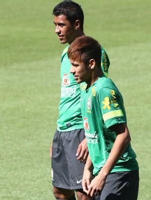 Neymar no treino da Seleção na Basileia (Foto: Mowa Press)