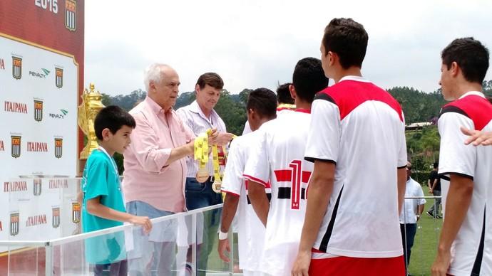 Carlos Augusto de Barros e Silva, Leco, presidente, São Paulo, Cotia, base, título sub-17 (Foto: Emilio Botta)