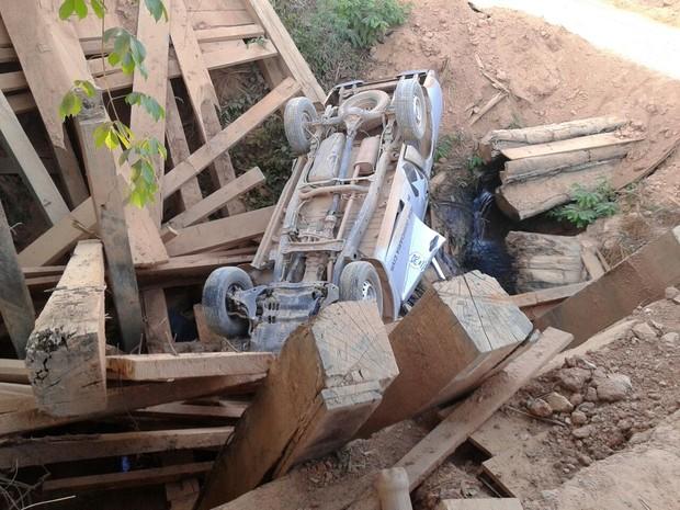 Acidente ocorreu na MT-208 na região de Apiacás (Foto: Assessoria/Polícia Civil de MT)