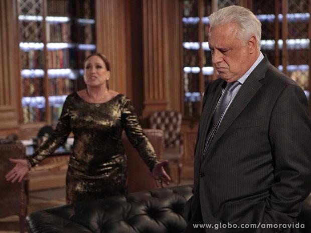 César está fora de si (Foto: Amor à Vida/ TV Globo)