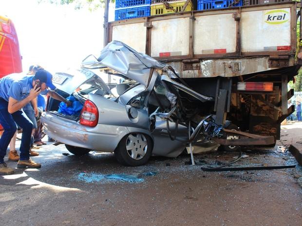 Acidente foi registrado na manhã desta quarta-feira (8), na região Central de Rolândia (Foto: Rafael Stutz/ Manchete do Povo/Divulgação)