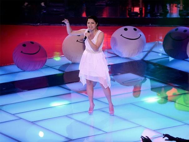 Ana Rafaela canta 'Não Precisa Mudar', sucesso de Ivete Sangalo (Foto: The Voice Brasil/TV Globo)