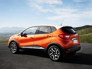 Carroceria em dois tons é um dos aspectos do design do Renault Captur (Foto: Divulgação)